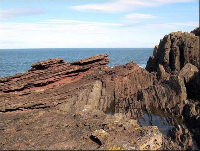 """Siccar Point, Scotland (Photo: Wikipedia """"Hutton's Unconformity"""")"""